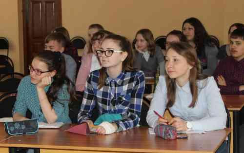 Апрельское занятие в областной школе журналистики