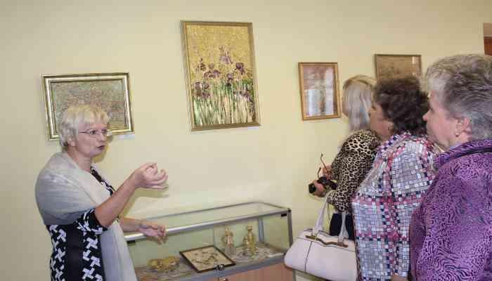 Открытие выставки творческих работ «Метаморфозы»