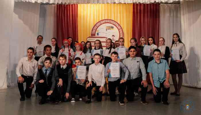 Областная очно-заочная школа проектно-исследовательских технологий в сфере краеведения завершила свою работу