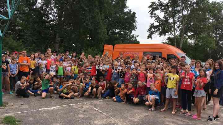 Специалисты Регионального ресурсного центра по ПДД с мобильным автогородком «Лаборатория безопасности» посетили детей, отдыхающих в профильной смене «ЮИД» ДОЦ «Спутник» Мичуринского района