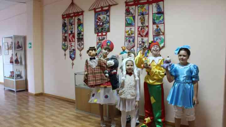 Открытие выставок творческих работ педагогов и учащихся системы дополнительного образования Тамбовской области «Кукольный мир» и «Мир детства»
